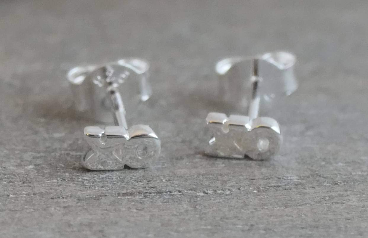 TEXTURE Collection Silver Jewellery Graphic Jewelry Sterling Silver Mini XO Stud earrings Minimalist Jewellery