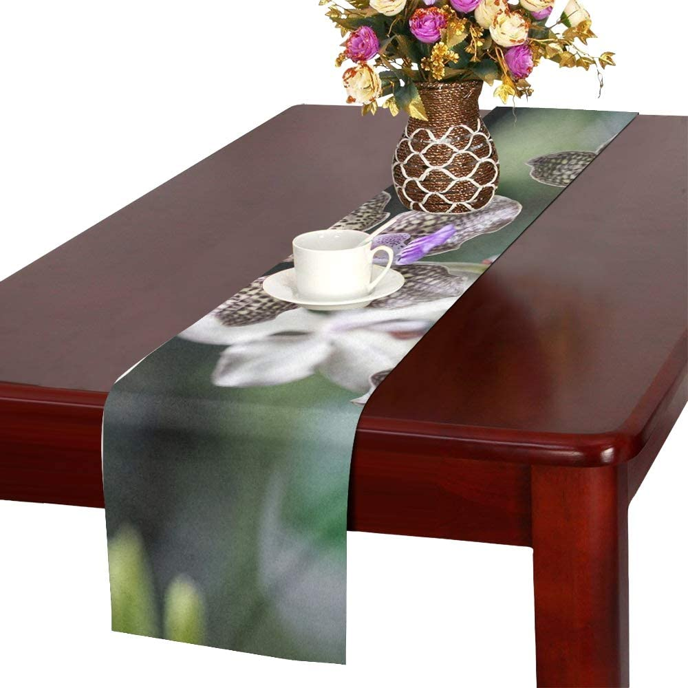 Amazon Com Wbsndb Orchid Botanical Garden Singapore Plant Tropical Table Runner Kitchen Dining Table Runner 16 X 72 Inch For Dinner Parties Events Decor Home Kitchen