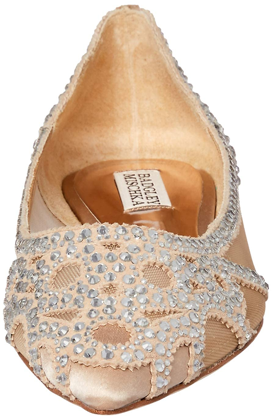 8e5bac36989 Amazon.com  Badgley Mischka Women s Gigi Pointed Toe Flat  Shoes