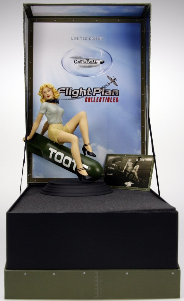 Toots Nose Art 9  Statue  Flightplan Collectibles  451 B17 Flying Fortress