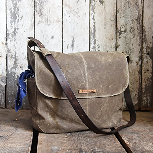 The Large Finch Satchel by Peg and Awl