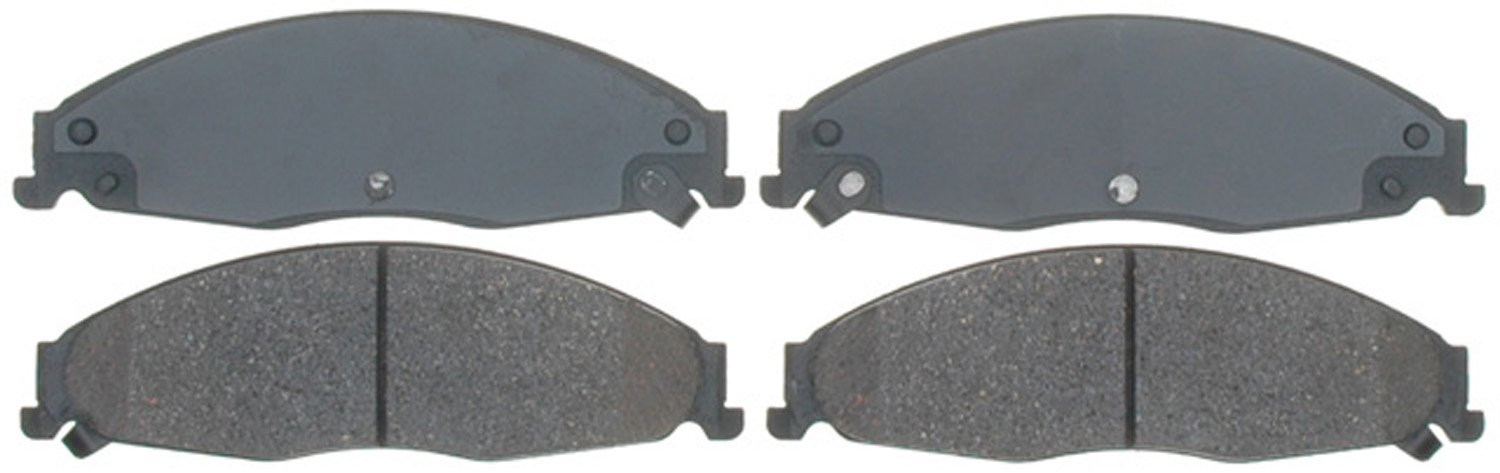 ACDelco 14D921CH Advantage Ceramic Front Disc Brake Pad Set with Hardware