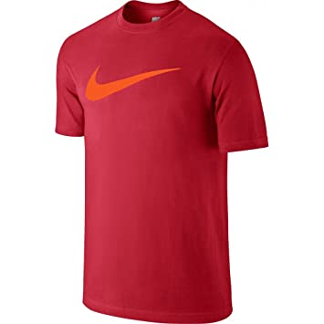 86b8155eb3f8 Nike Chest Swoosh T-Shirt manches courtes Homme  Amazon.fr  Sports ...