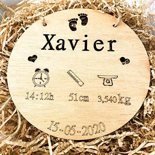 Natalicio, Placa nacimiento bebé personalizada redondo madera de haya 20cm de diametro hecho a mano
