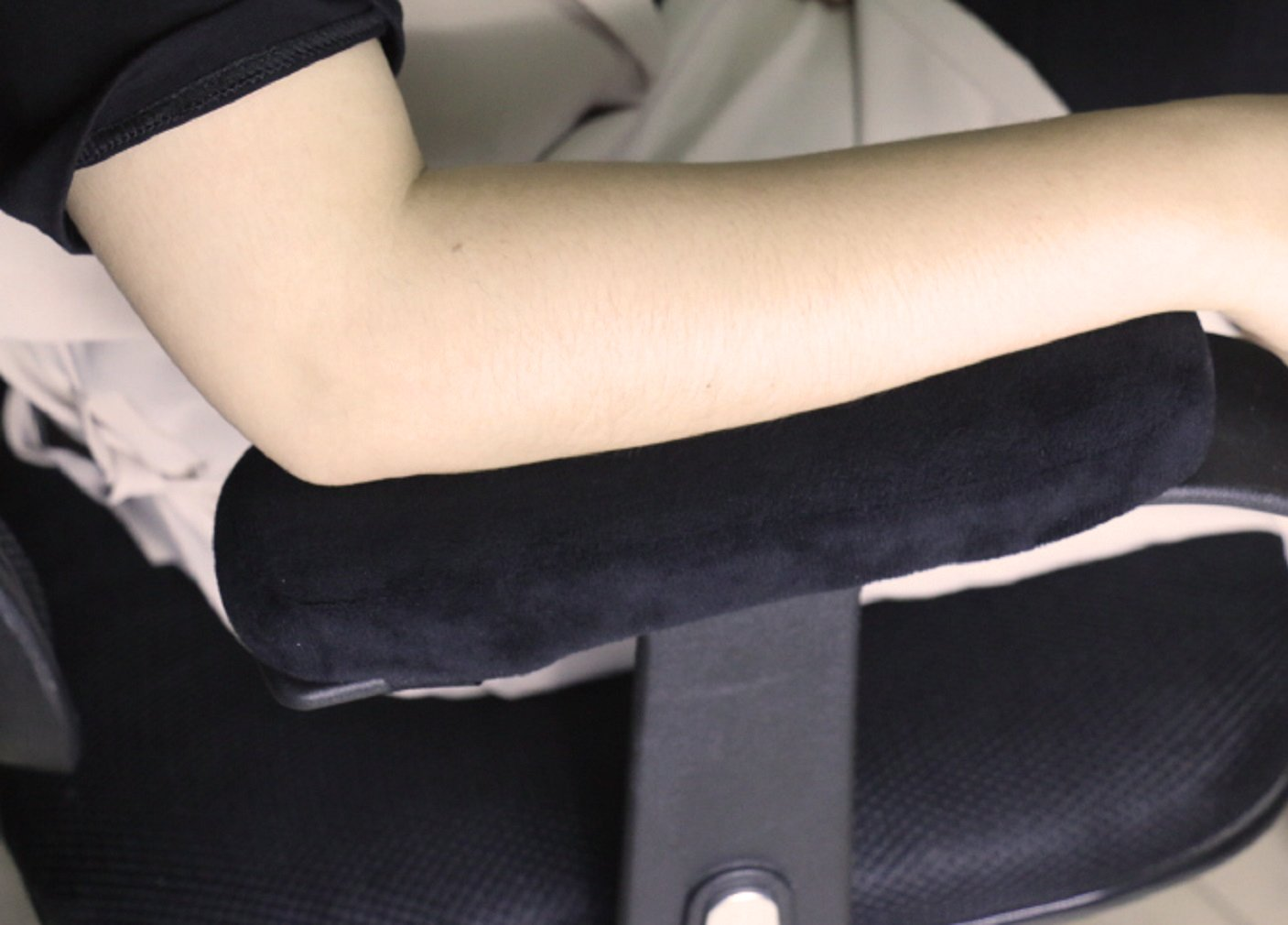 FUYUFU 2pcs Armrest Pad Armchair Cushion Cover Soft Material to Relieve Elbow Pressure Black