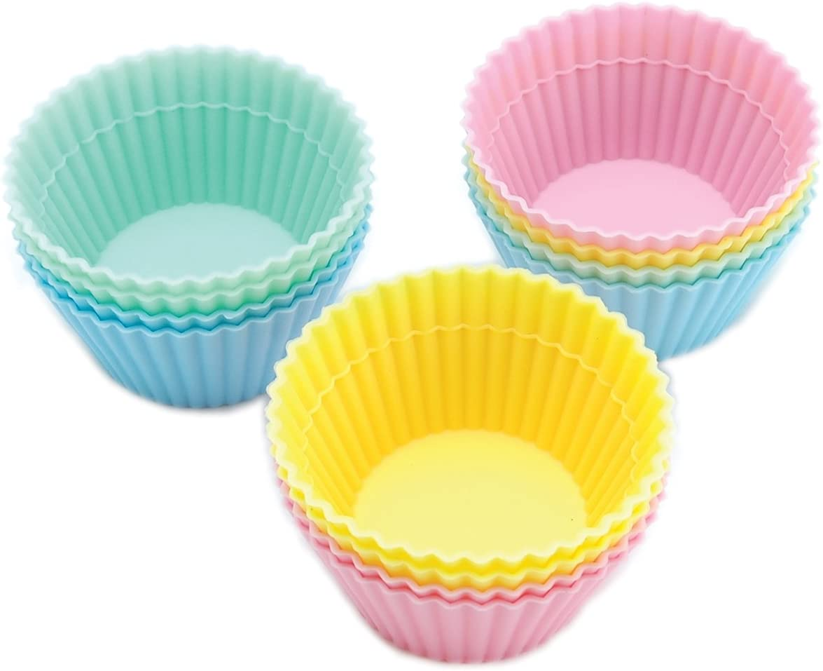 Wilton Round Silicone 12 Count Baking and Craft Cups, Pastel