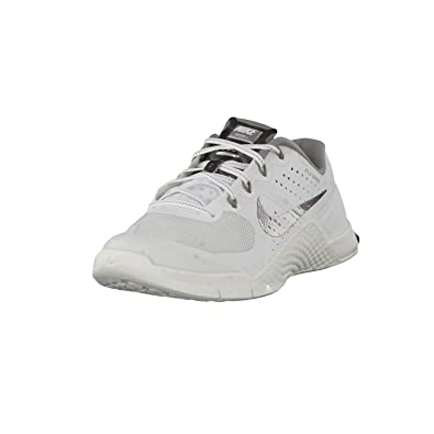 Nike Womens Metcon 2 W Ankle-High Synthetic Fashion Sneaker (5)