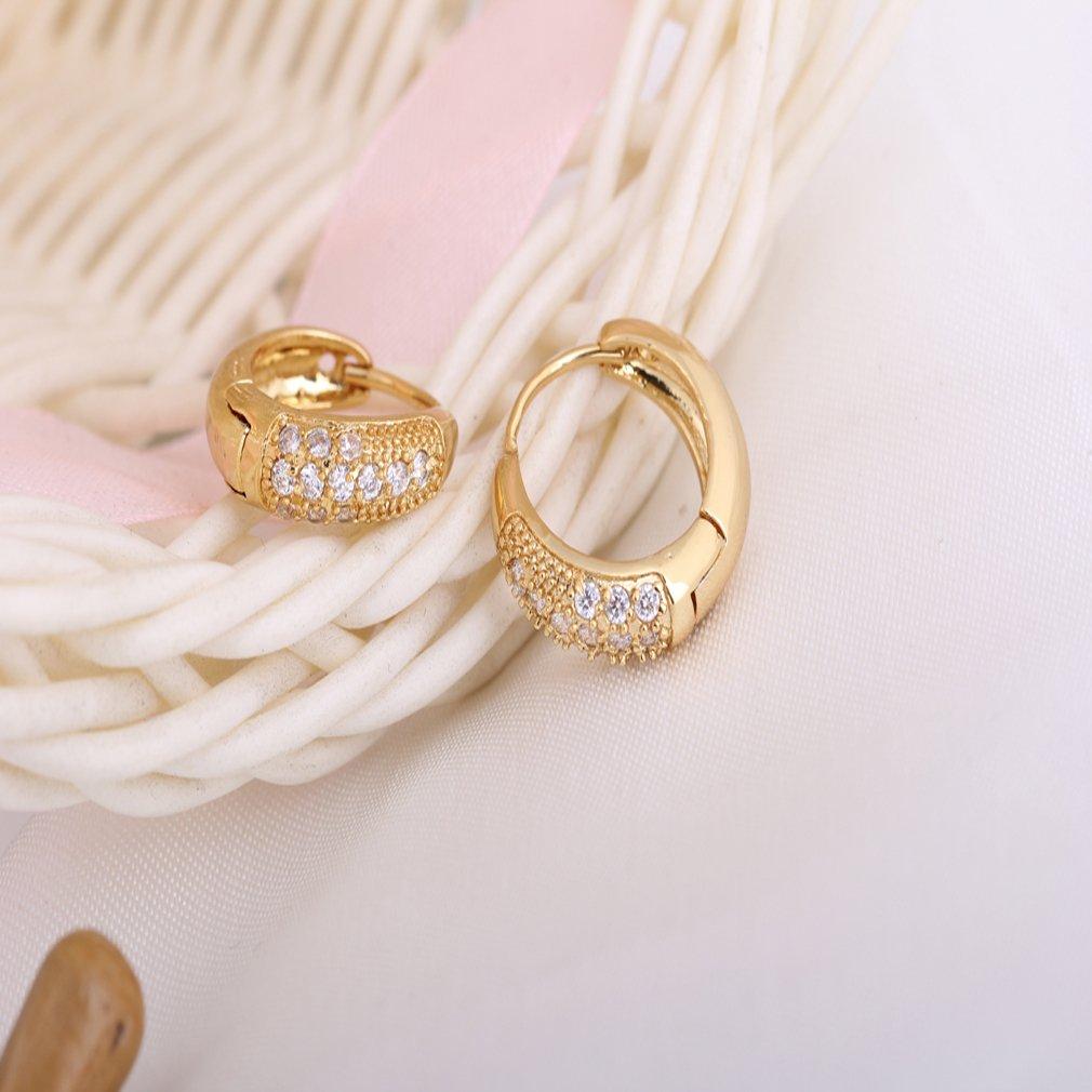 Yazilind elegante 14K Gold Filled embutido redondo claro c/úbicos Circonita Peque/ños pendientes del aro de Idea regalo de las mujeres