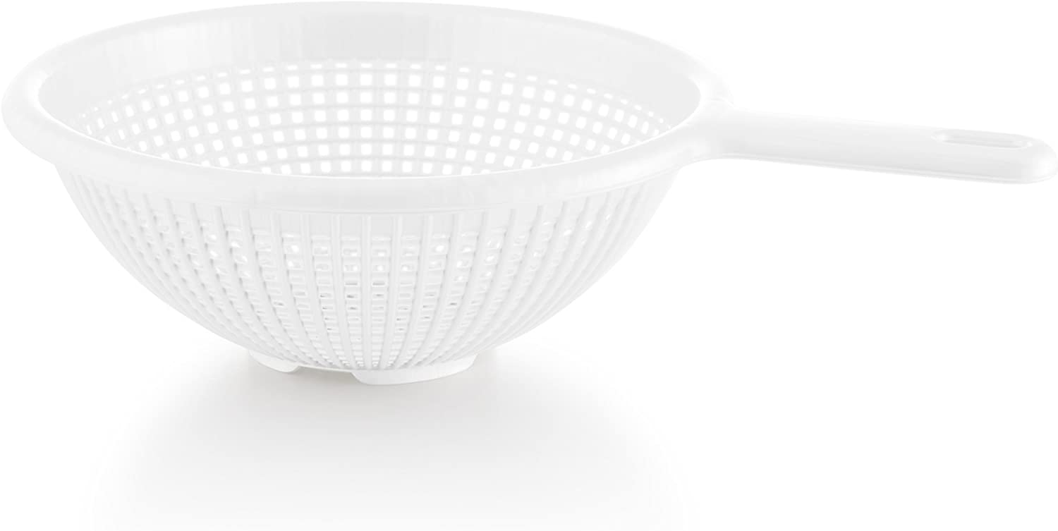 YBM Home 8.5 Inch Plastic Strainer Colander with Long Handle – Made of Food Safe BPA-Free Plastic - Use for Pasta, Noodles, Spaghetti, Vegetables and More 31-1129-white (1, White)