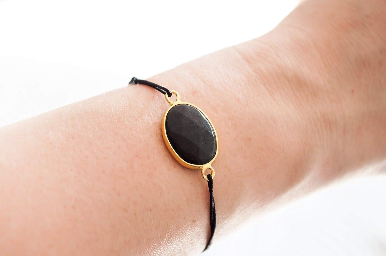 KAAYAH Damen-Armband mit Jade-Stein oval und schwarz in vergoldeter Fassung und Textilband verstellbar Freundschafts-Armband handmade