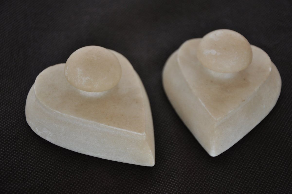 2 Pc Old White Marble Heart Shape Handcrafted Paper Weights, Collectible