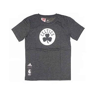bfe8845fa8356 Tee-shirt Lakers blanc Basketball Garçon Adidas  Amazon.fr  Sports et  Loisirs