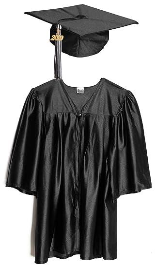 Amazoncom Preschool And Kindergarten Graduation Cap And Gown