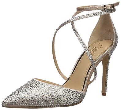 9a78425712ce3 Jewel Badgley Mischka Women's Tanya Shoe, champagne, 7.5 Medium US