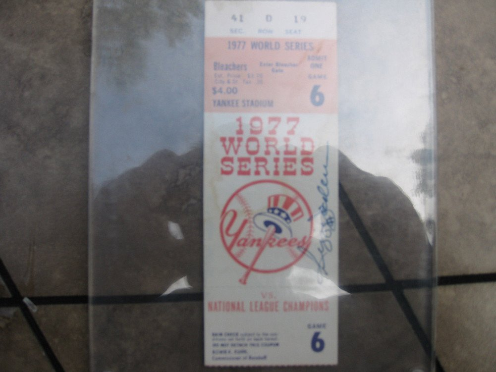 Reggie Jackson Mvp Signed Autograph Auto PSA/DNA Certified 1977 World Series Ticket Yankees No Reserve