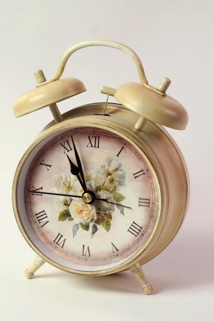 Victorian Trading Co. Shabby Chic Cottage Roses Alarm Clock