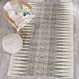 Safavieh Evoke Collection EVK226D Bohemian Vintage Ivory and Grey Area Rug (6'7″ x 9′) For Sale