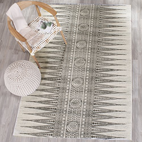 """Safavieh Evoke Collection EVK226D Bohemian Vintage Ivory and Grey Area Rug (5'1\"""" x 7'6\"""")"""