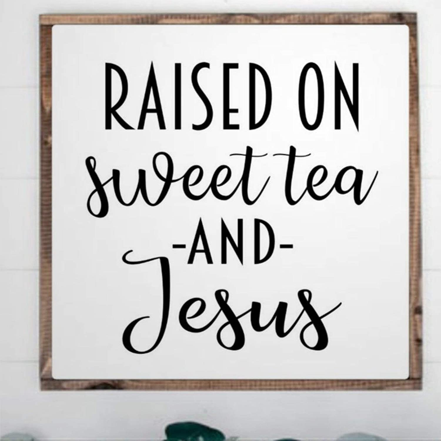 BYRON HOYLE Wooden Sign Raised On Sweet Tea and Jesu Southern Saying Wall Hanger Framed Wood Sign Wall Art Home Decor Sign Bedroom Living Room Sign Best Present