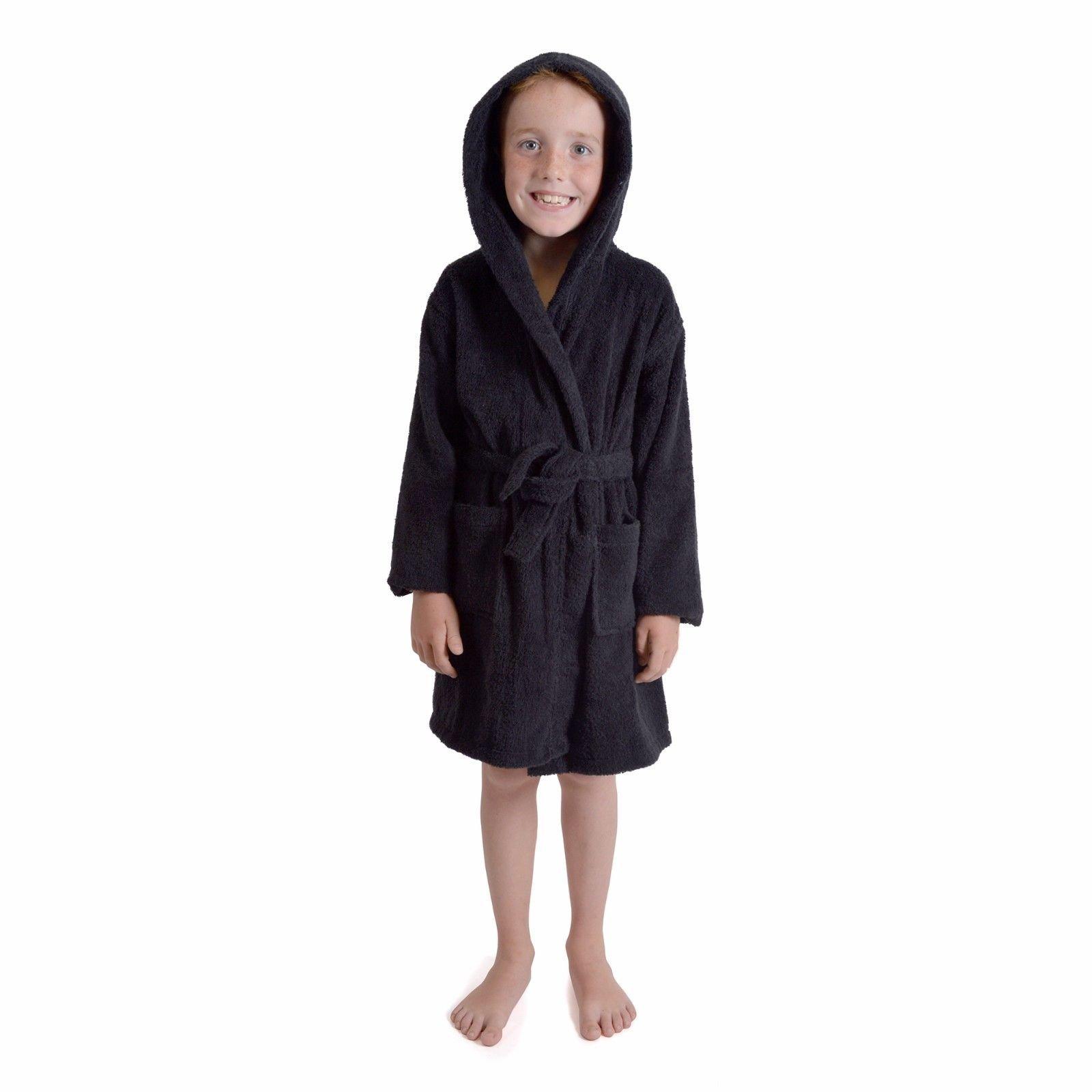 Black Gown: Amazon.co.uk