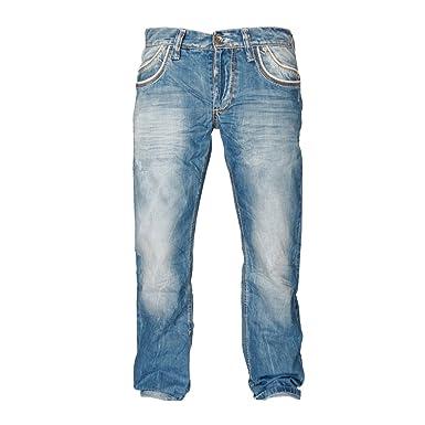 Cipo   Baxx Herren Straight Leg Jeanshose C-0595  Amazon.de  Bekleidung 6a15a00af3