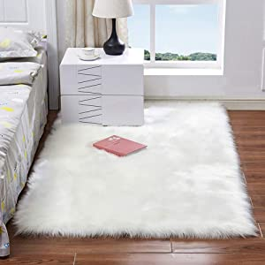 AILISI Soft Faux Fur Area Rug Plush Floor Mats Fluffy Bedroom Carpet Rectangle Living Room Sofa Bedside Rugs, 2x4 Feet for Home Décor (Ivory White)