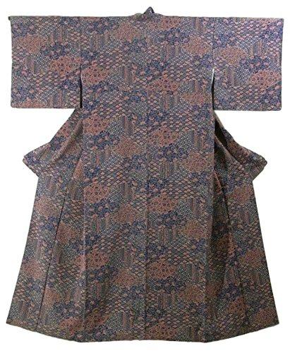 ワゴン境界知覚できるリサイクル 着物 小紋 裂取りに菊青海波や唐花 正絹 袷 裄66cm 身丈161cm