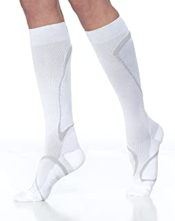 e9d6d2ffb5 SIGVARIS Men's and Women's Traverse 412C Knee-High Compression Socks