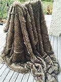 Starose Wolf Faux Fur Throw Blanket Fake Wolf / Coyote Fur Thorw Blanket 59''x71'' Twin Size Fake Fur Throw Blanket Brown