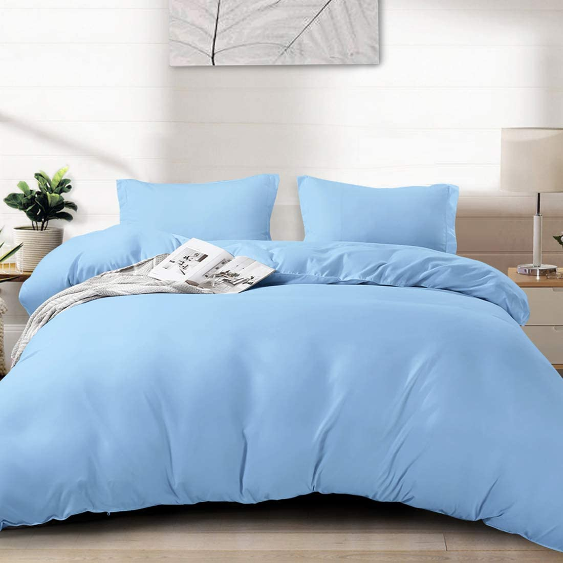 """FAIRYLAND Duvet Cover King, Ultra Soft Double Brushed Microfiber Hotel Bedding Collection with Zipper Closure and Corner Ties and 2 Pillow Shams, King (102"""" 90""""), Sky Blue"""