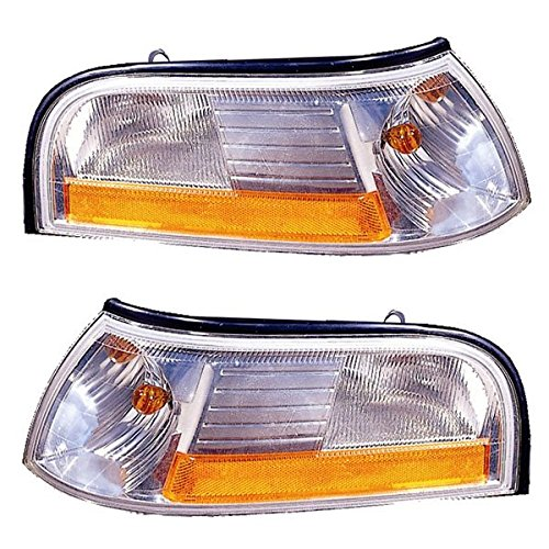 2003-2004-2005 Mercury Grand Marquis Park Corner Light Turn Signal Marker Lamp Set Pair Left Driver AND Right Passenger Side (03 04 (Grand Marquis Park Signal Marker)