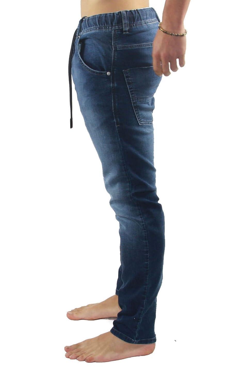 e98f5c0e Diesel - Krooley-NE 674Y Straight Jeans Blue 26/32 Men: Amazon.co.uk:  Clothing