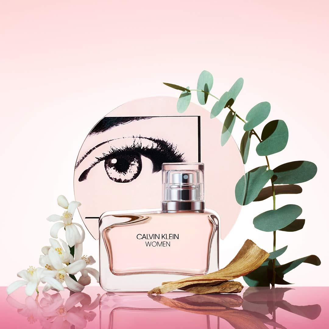 Amazon.com: Calvin Klein Women Eau de Parfum, 0.33 Fl. Oz. Rollerball:  Premium Beauty