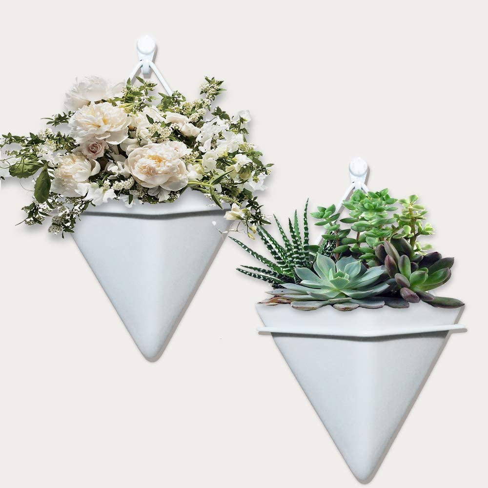 AOIEORD Hanging Planter Triangle Ceramic, Home Wall Decor Flower Succulent Wall Planter for Home and Office Decoration, 2 Set of White