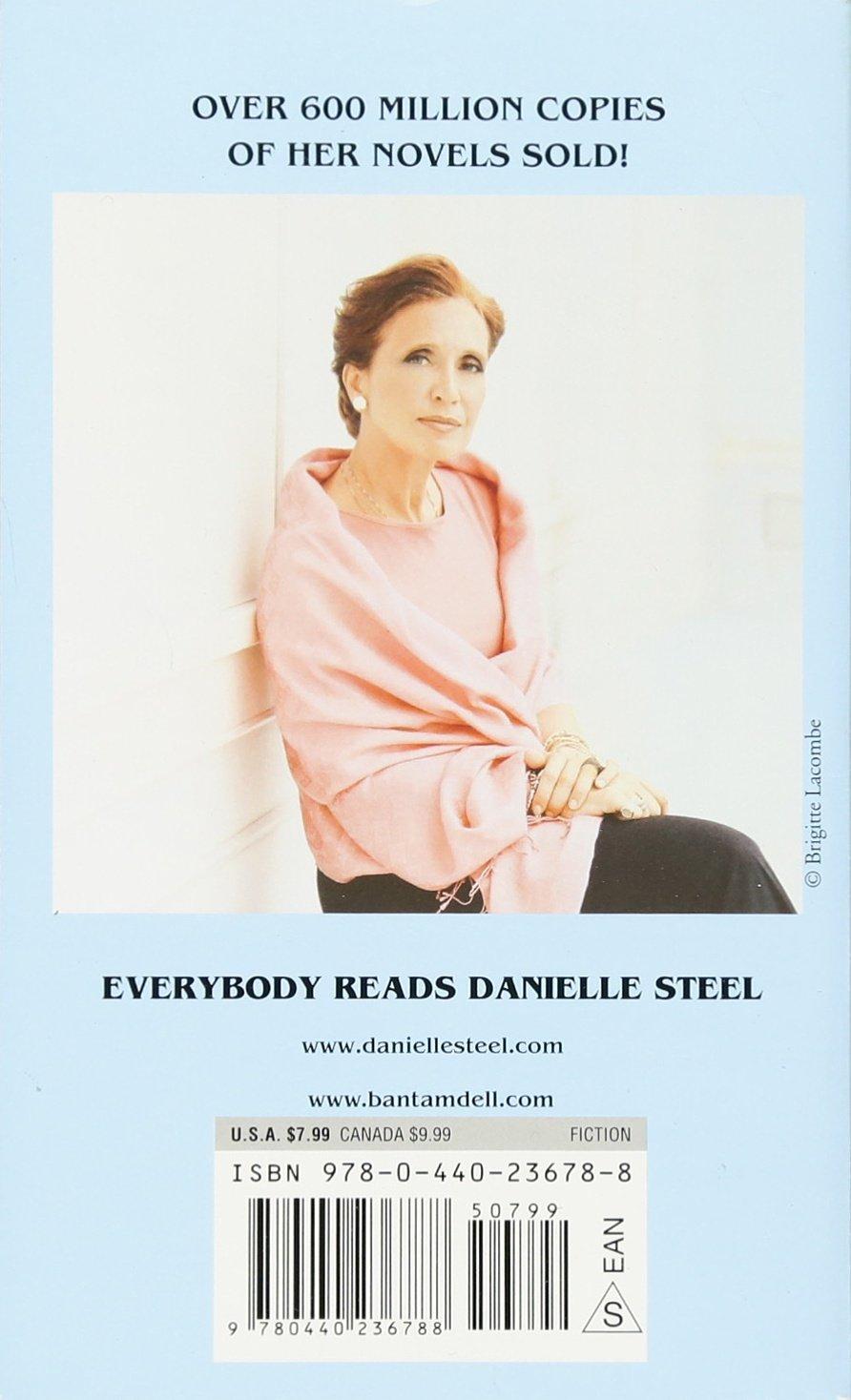 Johnny Angel A Novel Steel Danielle 9780440236788 Amazon Com Books