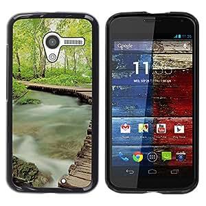 iKiki Tech / Estuche rígido - Misty Forrest - Motorola Moto X 1 1st GEN I