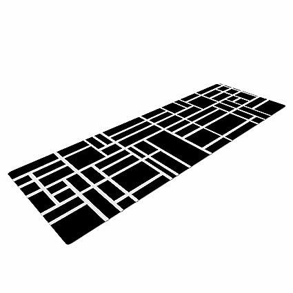 Amazon.com: KESS inhouse Project M Map Outline simple ...