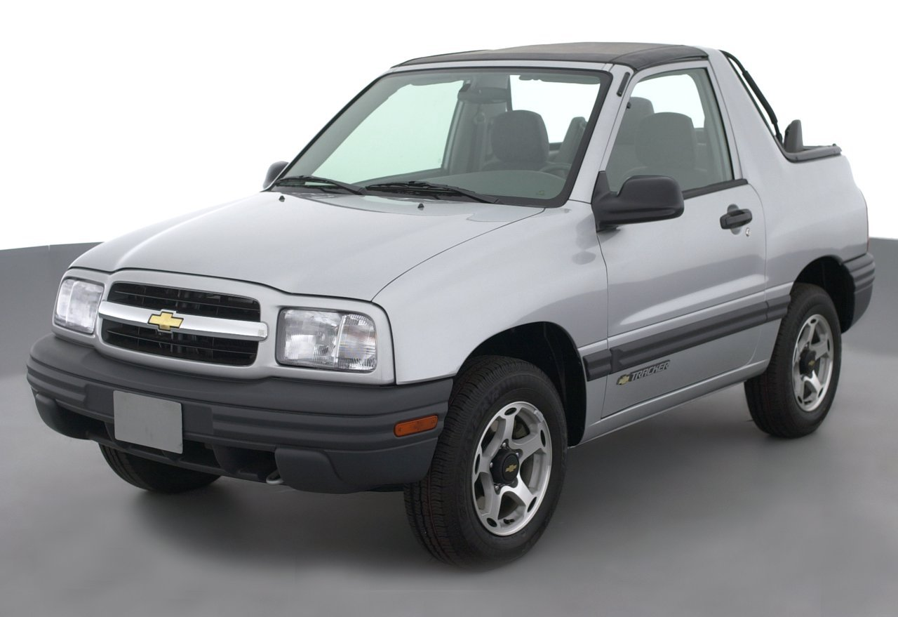2002 chevrolet tracker reviews images and. Black Bedroom Furniture Sets. Home Design Ideas