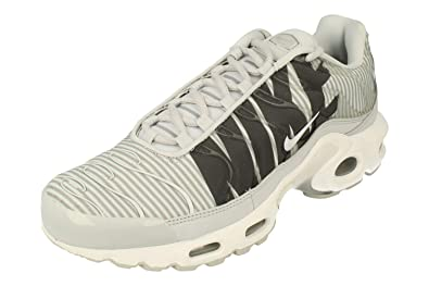 quite nice af555 06e51 Amazon.com | Nike Air Max Plus Tn Se Mens Running Trainers ...
