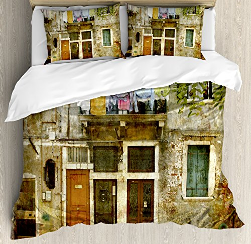 Ambesonne Venice Duvet Cover Set, Old Weathered Building Facade with Hanged Clothes Murano Island Grunge Architecture, Decorative 3 Piece Bedding Set with 2 Pillow Shams, Queen Size, Multicolor