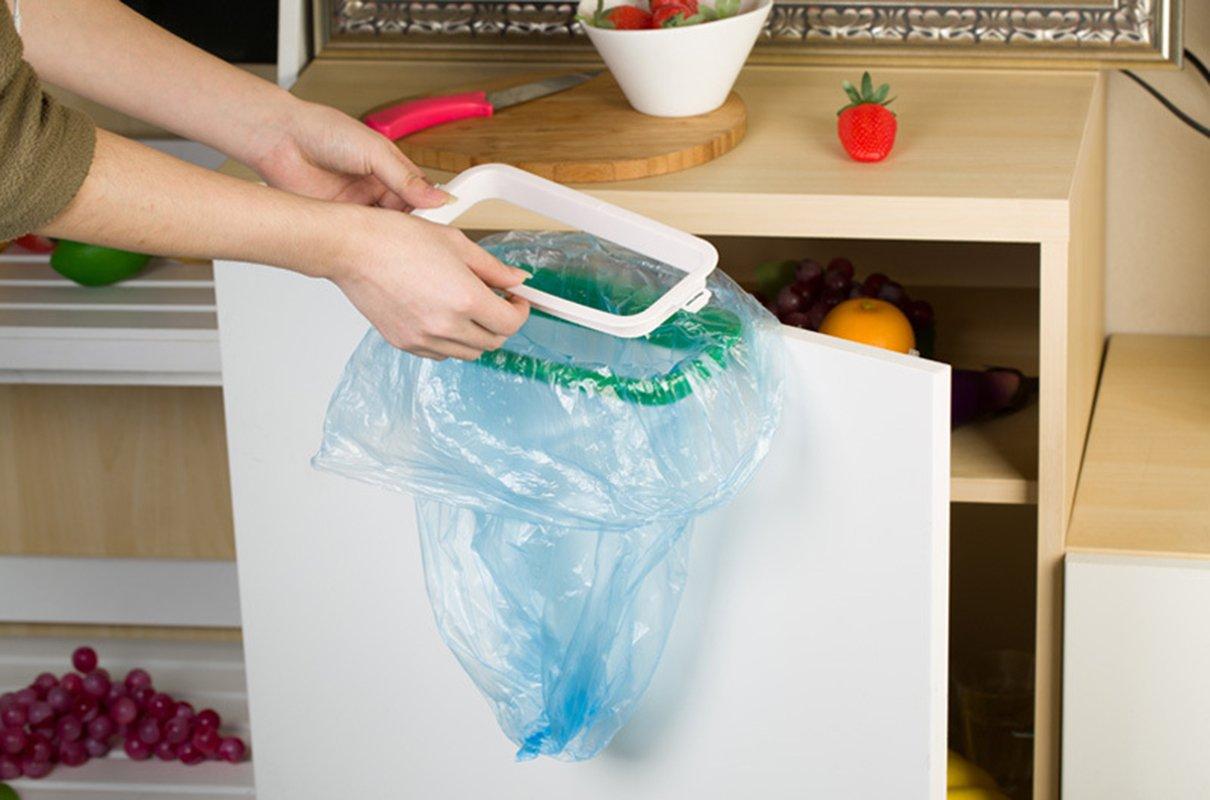 Amazon.com: Kitchen Hanging Clip on Trash Bag Holders Travel Garbage ...