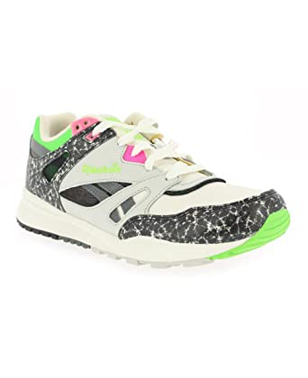 Reebok Ventilator Vintage OG Kids Boys Running Shoes Sneakers M47151 Size  UK 4  Amazon.co.uk  Shoes   Bags e9379b1b4