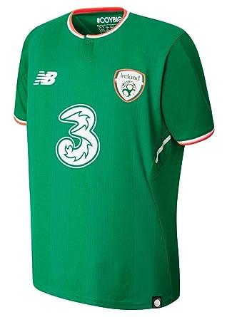 uniforme site de rencontres Irlande Liste des sites de rencontres asiatiques gratuits