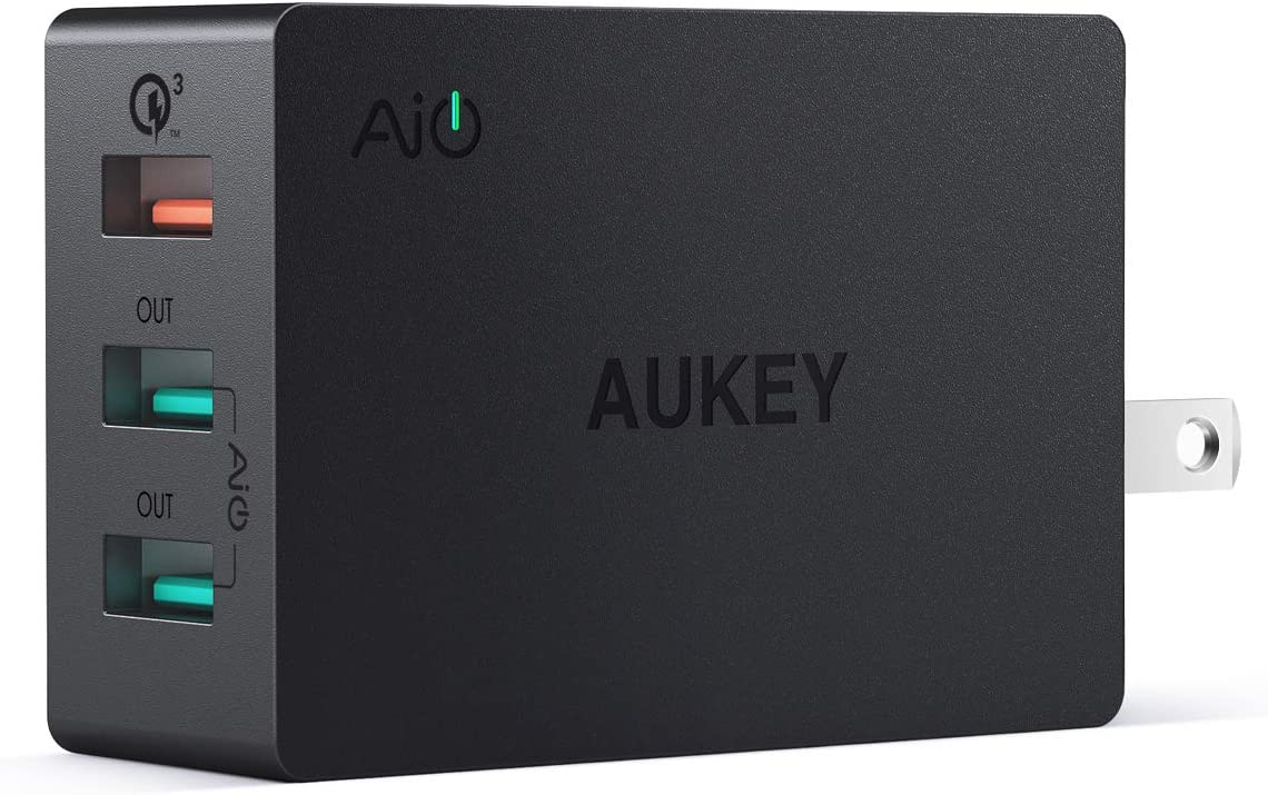 AUKEY 3-Port USB Wall Charger 43.5W with Quick Charge 3.0 & Foldable Plug, Compatible with Samsung Galaxy S8 / S8+ / Note8, LG G6 / V30, iPhone 11/11 Pro/XS Max/XS/XR and More