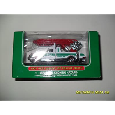 Hess 2007 Miniature Rescue Truck: Toys & Games