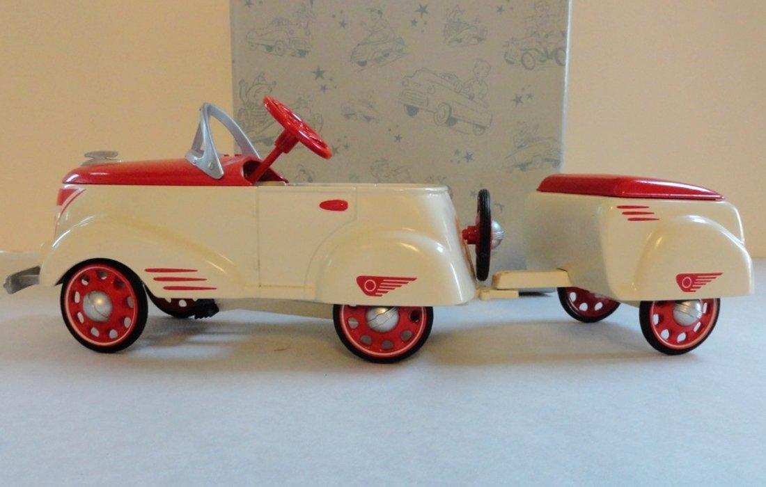 Hallmark Kiddie Car Classic 1940 Custom Roadster with Trailer LE by Hallmark