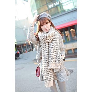 823cabf326a WINOMO Femme écharpe hiver Long Mohair laine douce chaude Vogue Wrap châle  Plaid (Beige)