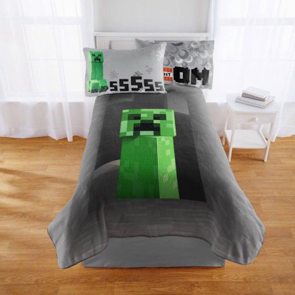 Minecraft Full Size Plush Throw Blanket - 62 in. x 90 in.