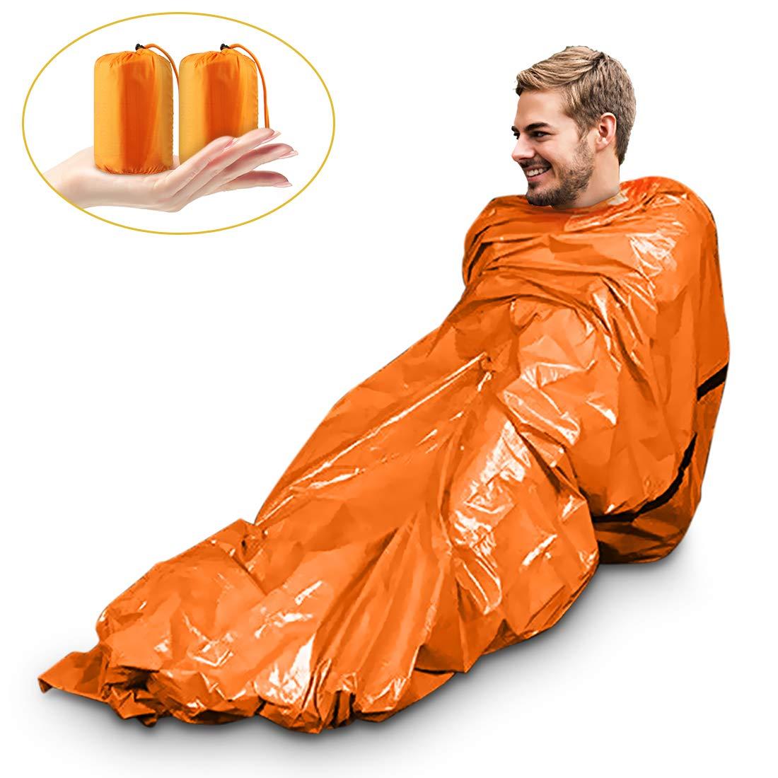 Magicfun Paquet de 2 Sac de Couchage de Survie - Couverture de Survie d'Urgence - Isolation Thermique – Couleur Orange Vif extérieur, Doublure réfléchissante intérieur Doublure réfléchissante intérieur