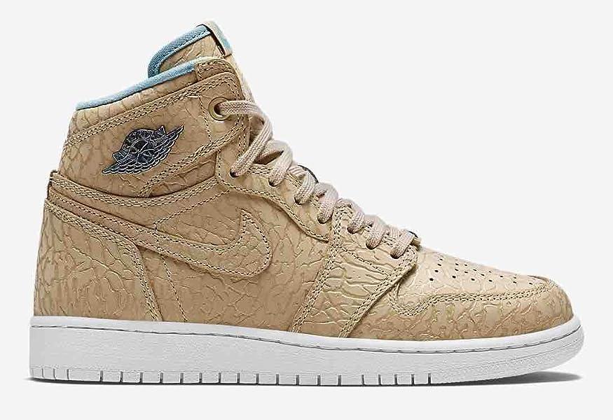 3b2c42ade1680 Amazon.com: Nike Air Jordan 1 Retro High Og Pearl 30th Anniversary ...